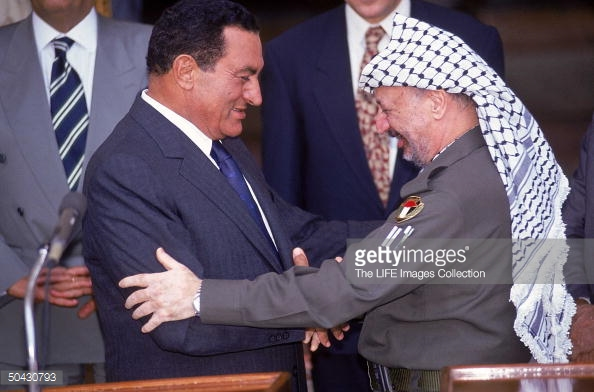 Mubarak and Arafat meet