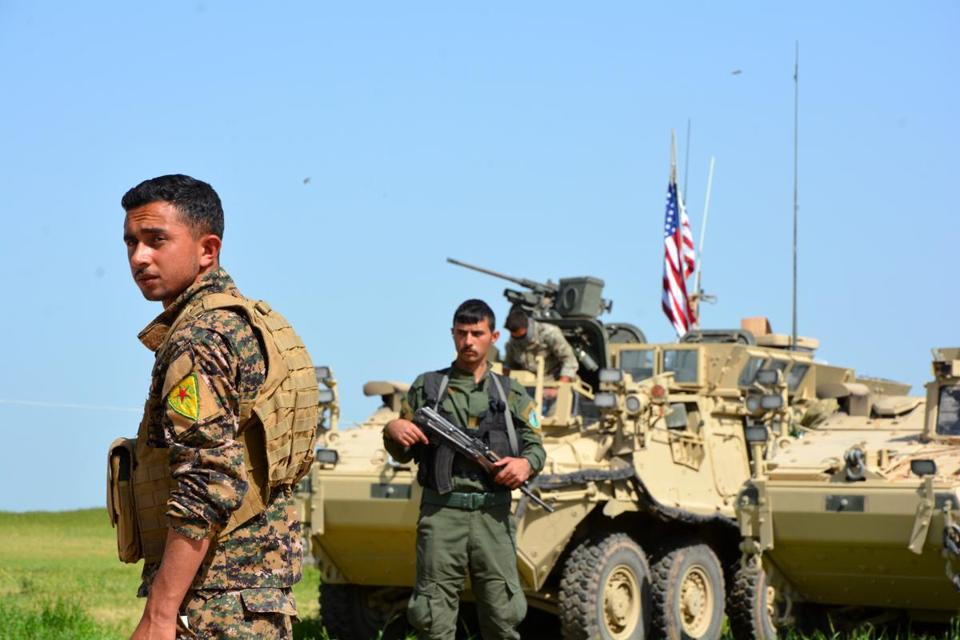 U.S. arms Syrian Kurds in operation to retake Raqqa from IS