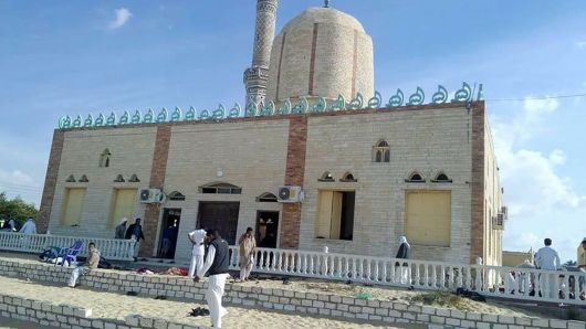 Gunmen attack mosque in Sinai