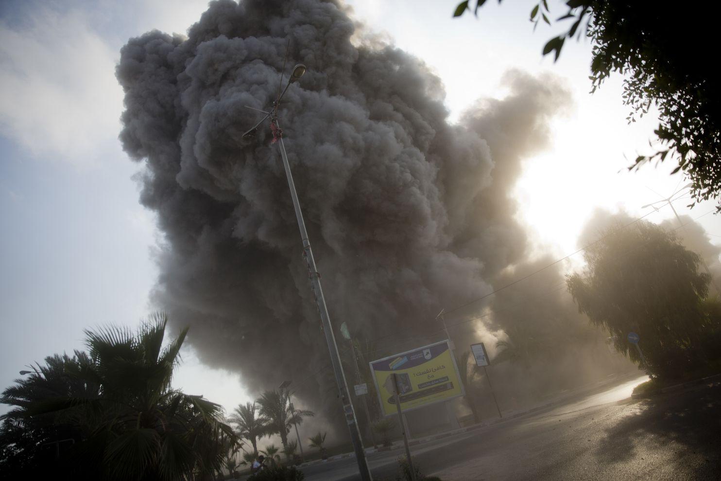 Israeli-Gaza border violence worst since 2014 war